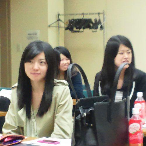 明治大学の授業でLMCの小塚さんと出会いました。